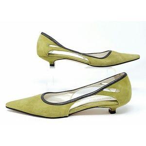 """Banana Republic """"Elisa"""" suede kitten heels sz 6"""